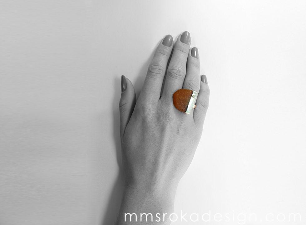 Pierścionek srebrny ze szkłem morskim MMP40_3