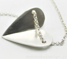 Naszyjnik srebrny serce MMN11