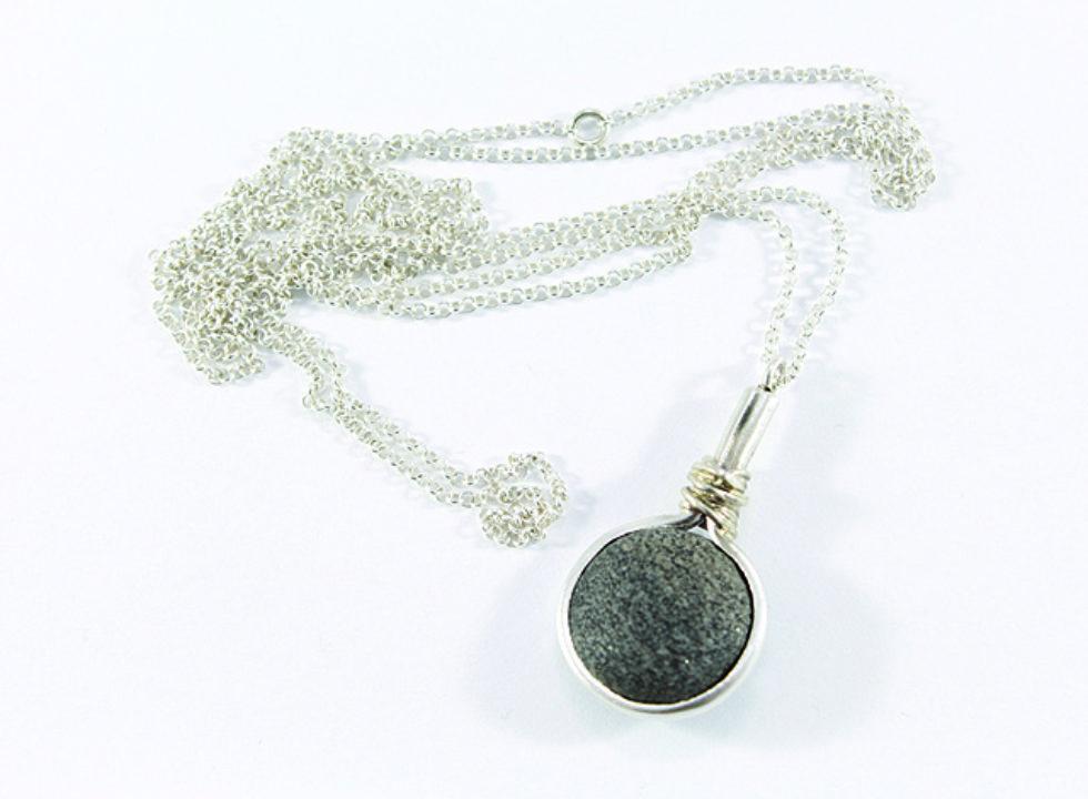 naszyjnik srebrny z kamieniem MMN3c