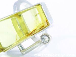 pierścionek srebrny z bursztynem MMP21b
