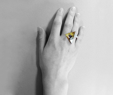 pierścionek srebrny z bursztynem MMP22