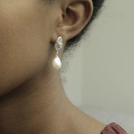 kolczyk z perłą