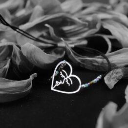 bransoletka na sznurku serce