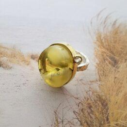 pierścionek z bursztynem mm sroka design